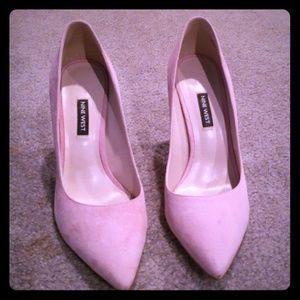"""Nine West blush color suede 4"""" heels."""